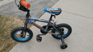 Boys Supercycle with training wheels