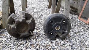 2 Pesées pour tracteur à gazon
