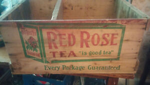 Red rose wooden crate