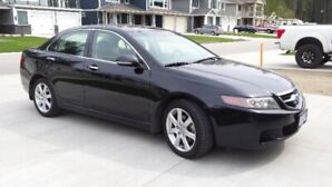 2005 Acura, Low KM, No accidents, One Owner, EUC