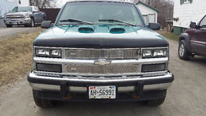 1996 Chevrolet C/K Pickup 1500 5.7L With Parts truck.