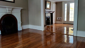 4 large bedrooms close to Downtown