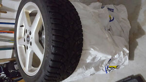 Winter tires on alloy wheels with hub centric rings!