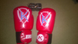 Kimuragear 16oz boxing gloves red blue
