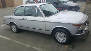 1973 BMW 2002tii roundie COLLECTABLE!