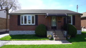 2 Bedroom Main Floor Bungalow - $1700 all inclusive - Lakeview
