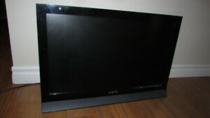 26 inch LED television (and computer monitor) by VIZIO
