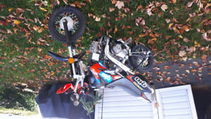 70cc Gio dirt bike