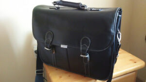 Targus laptop briefcase