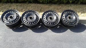 roues 15 pouces Honda ou 5 trous