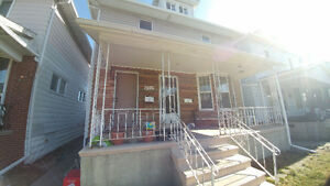 Fresh & Clean 1 Bedroom - WALKERVILLE - Available March 1st