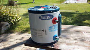 Space Saver Water Heater 120V