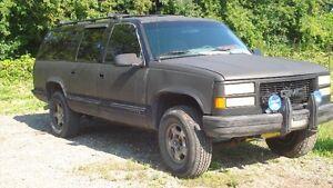1995 Chevrolet Suburban SUV, Crossover