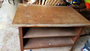 Work Bench 4 feet X 2.5 Feet with Heavy Metal Frame