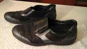 Rhode ladies slip on shoes size 11