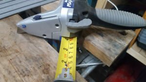 Drywall cutting/measuring tool