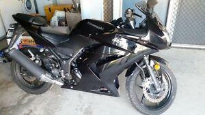 2012 Kawasaki Ninja - black low kms Andergrove Mackay City Preview