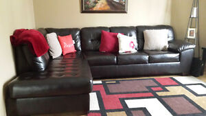 PRICE DROP Beautiful Sectional *LIKE NEW CONDITION*