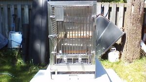 LARGE STAINLESS STEEL VETRINARIAN PET, BIRD, ANIMAL CAGE Stratford Kitchener Area image 1