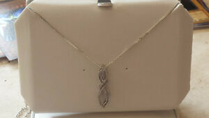 Sterling Silver Natural Diamond Pendant & Sterling Silver Chain