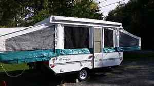 Used 2004 Forest River RV Rockwood Freedom 2270