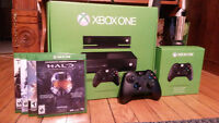 Xbox One with 2 Controllers and 4 Games