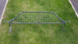 VW Passat Estate 05 -10 Travall Dog guard, divider & rubber liner mat