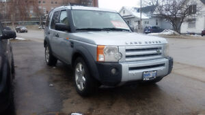 2008 Land Rover LR3 HSE LUXURY MODEL!