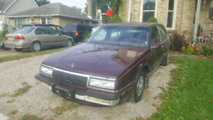 NEAR MINT CONDITION 1990 Buick Lesabre