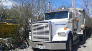 Heavy Duty 1998 Freightliner Truck and 2006 Stargate Trailer