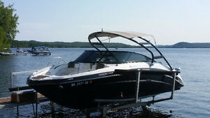 Bateau Yamaha Limited 242 S 2014 Sport Boat Excellent Condition