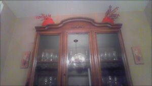 URGENT - BUFFET HUTCH  FOR RIGHT PRICE