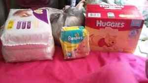 ☆ Size 1's &Newborn Diapers ☆