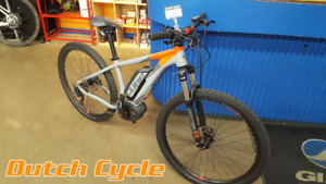 Reaction Hybrid HPA Pro 500 from Dutch Cycle. Value: $3399.00