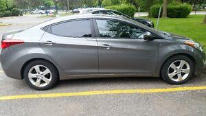 2013 Hyundai Elantra GLS *toit Ouvrant * Economique*Bas KM*