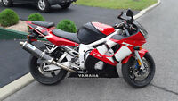 Yamaha R6 2002 en excellente condition