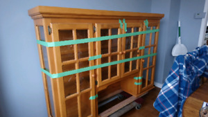 free hutch /display cabinet