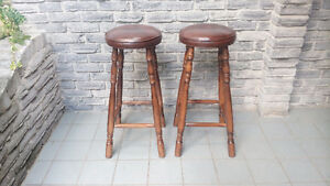SOLID WOOD PADDED BAR STOOLS