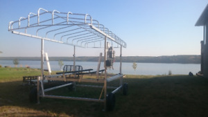 New Hewitt Boat Lift-Never put in water