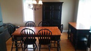 Armoire, Buffet, Chaises Luminaire et Table cuisine en bois teck