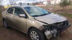 Parting out 2009 corolla  200,000 kms