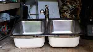 Double sink and faucet