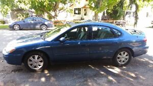2004 Ford Taurus SEL Fully Loaded Great Shape 1 owner