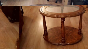ONE COFFEE TABLE AND ONE SIDE TABLE West Island Greater Montréal image 3