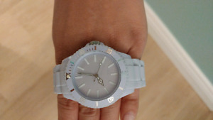 Periwinkle watch