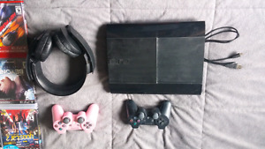 PS3, 12 GAMES W/2 CONTROLLERS AND MIC