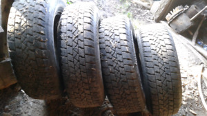 Ford ranger Set of 4 tires and rims size 215/ 75 R15