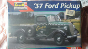 1937 Ford Pickup 1;25 scale model kit