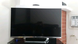 "47""  LG smart TV with remote control"