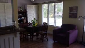Short Term House Rental Walk from Downtown Grimsby